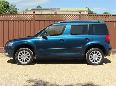 petrol blue metallic skoda yeti  sale cambridgeshire