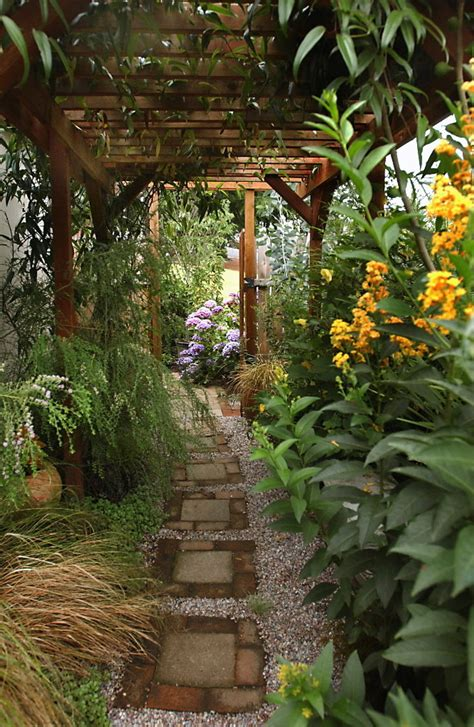 Narrow Garden Ideas Ideas For Creating Beautiful Useful Side Yards That Work With Any Narrow Garden Oregonlive