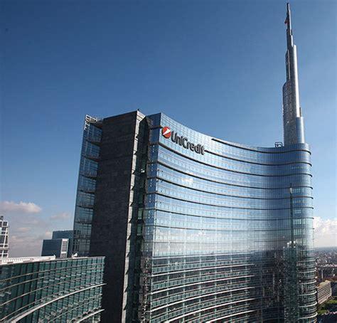 Banca Unicredit by The Insider Amundi Pronto A Conquistare Pioneer Con