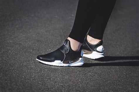 Nike Sock Dart Gs Slip On Blackwhite nike wmns womens sock dart prm premium black white slip on shoes 881186 001 ebay