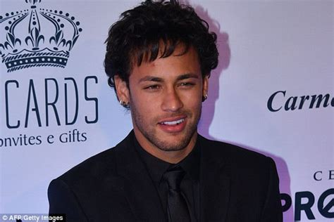 what is neymar hair style name neymar shows off new hair after bruna marquezine break up