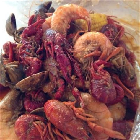 crawfish house seattle crawfish house crawfish shrimp and clams with house seasoning seattle wa