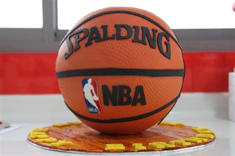 for basketball birthday cakes images cool basketball birthday cake for