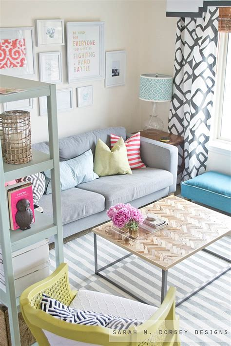 cute living room decor guest room this room looks so light and airy would