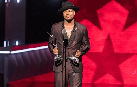 Ne Yo Unveils New Album Title Because Of You Ae Inspired By Of His Fans In Stores May 1st by Ne Yo Gatecrash Someone At Karaoke Singing His Own