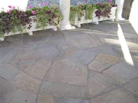 bluestone irregular flagstone patio lang stone building and landscaping stone supplier
