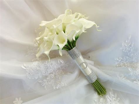Wedding Bouquet With Calla Lilies by Silk Wedding Bouquet Touch Ivory Calla Lilies