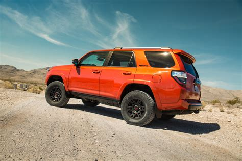 2015 toyota 4runner trd pro rear three quarters photo 2