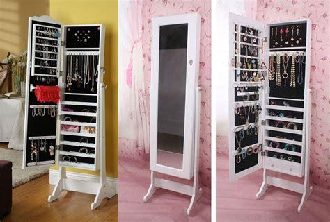 Charmant Miroir Sur Pied Range Bijoux #8: 12-rangement-bijoux-miroir.jpg