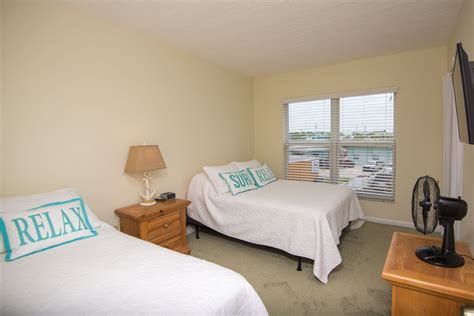 guest room bed size stunning oceanfront vacation rentals in florida