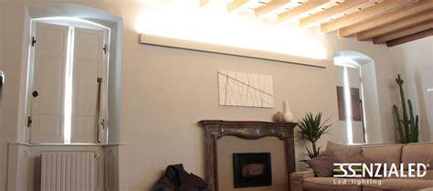travi per soffitto illuminazione soffitto legno ispirazione di design interni