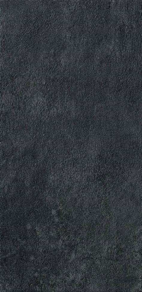 Moon maximum Aster maximum, black resin/concrete effect