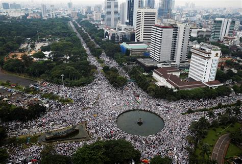 4 Di Ibox Indonesia indonesia president blames political actors for muslim riot asia times