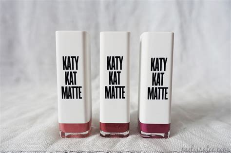 Laris Lipstick Katy Perry Covergirl Matte the blushing introvert covergirl katy matte lipsticks