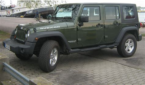 army green jeep rubicon file jeep wrangler unlimited rubicon jpg wikimedia commons