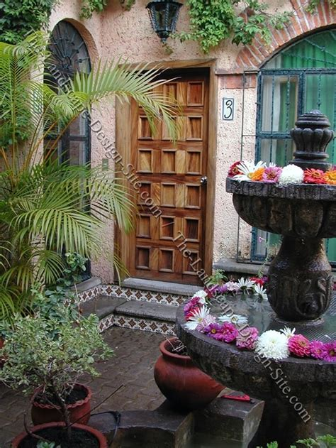 Spanish Courtyard Designs by Spanish Style Courtyard Home Pinterest