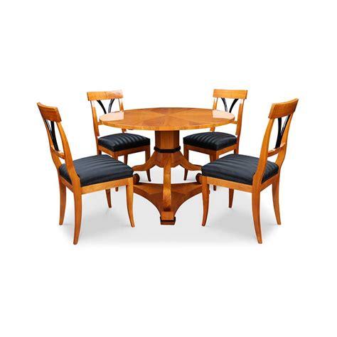 Tisch Rund by Biedermeier Tisch Rund Mit St 252 Hlen Bei Stilwohnen De Kaufen
