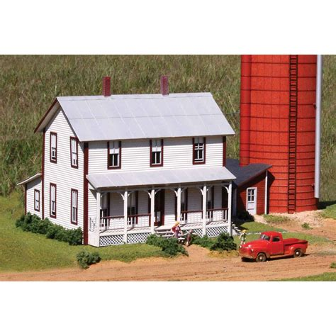 farmhouse kit laserkit two story farmhouse kit ho scale
