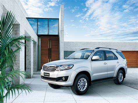 Toyota Fortuner 2011 Specifications Toyota Fortuner Specs 2011 2012 2013 2014 2015