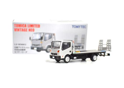 tomica nissan march 100 tomica nissan march releases 829 go go