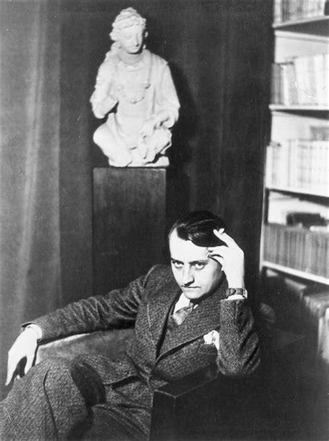 Encyclopédie Larousse en ligne - André Malraux