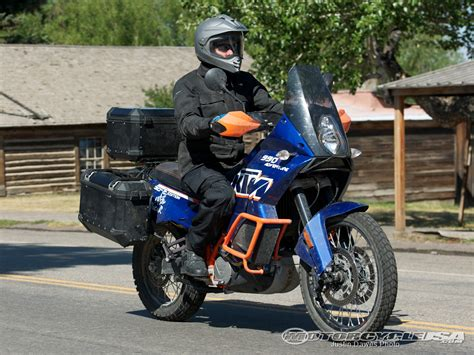 2011 Ktm 990 Adventure Specs 2011 Ktm 990 Adventure Dakar Pics Specs And Information