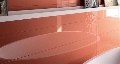 piastrelle lucide piastrelle lucide per il bagno quali sono le proposte