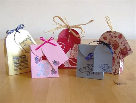 How To Make Paper Purse Gift Bags - things to make and do make a small gift bag