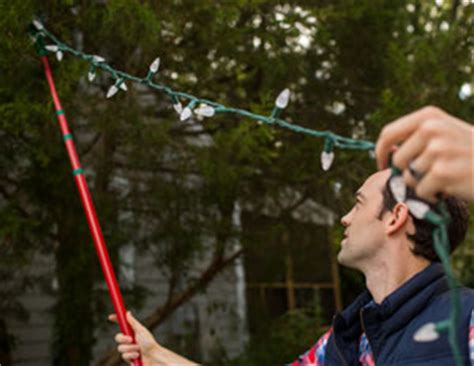 tips for hanging outdoor christmas lights