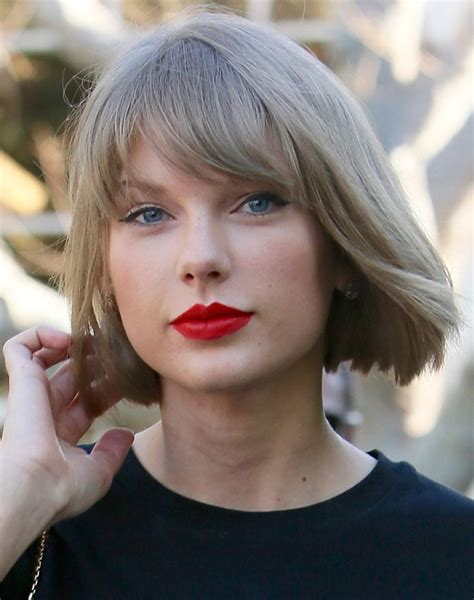 what red lipstick does taylor swift wear 2015 what red lipstick does taylor swift wear 2015 what red