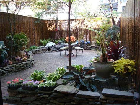 backyard patio design ideas  accompany  tea time