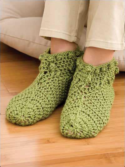 crochet pattern shoe socks crochet slipper sock patterns foliage slippers free