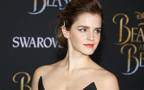 emma watson biography in french emma watson bio net worth education boyfriend married