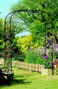 Trellis Planter Box Diy Garden Ideas Garden Arch And Bench Ideas For An