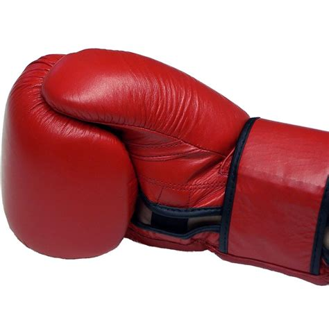 Is It Ok To Argue With A Customer Simonstapleton Com Boxing Gloves
