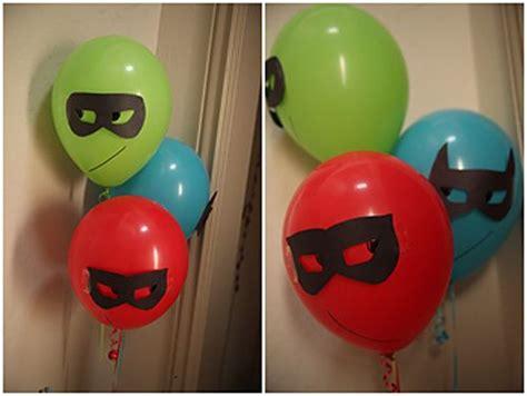 decorar globos superheroes fiestas superheroes decoracion super heroes para fiestas