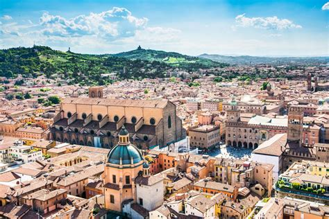 italia bologna bologna holidays where to eat drink and stay travel