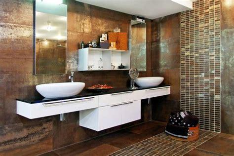 rust colored bathroom shiny metallic