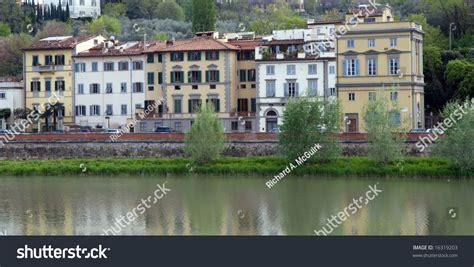 Appartments In Florence by Apartments In Florence Italy Viewed Across The Arno