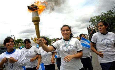 antorcha de independencia la fragua honduras recibe antorcha centroamericana