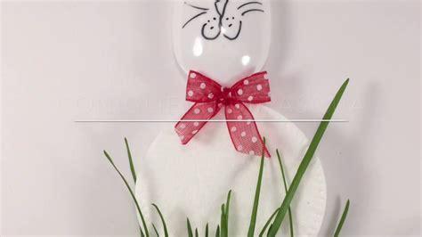 fiori fatti con cucchiai di plastica come fare i coniglietti di pasqua con dischetti levatrucco