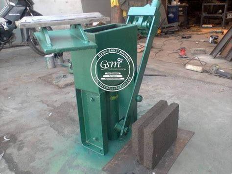 Harga Cetakan Batako Pres Manual mesin cetak batako manual toko mesin madiun