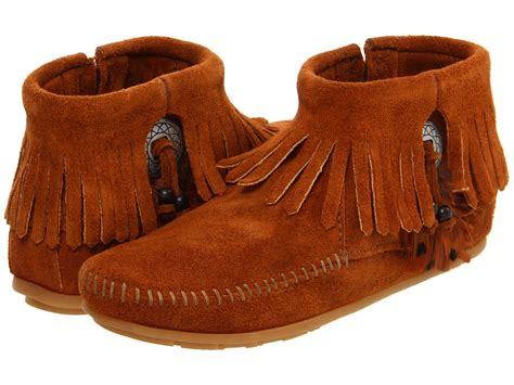 minnetonka concho feather side zip boot zappos com free