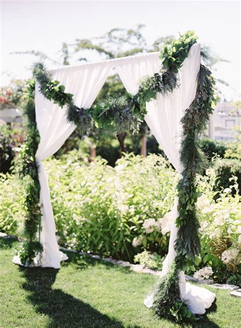 Wedding Arch Greenery by 11 Creative Ways To Use Greenery In Your Wedding Tulle
