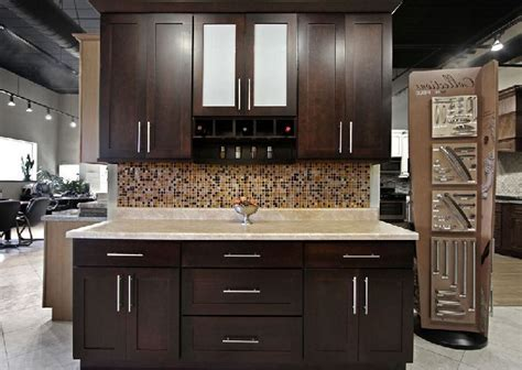 kitchen cabinets at menards 17 best ideas about menards kitchen cabinets on pinterest salon style rustic hickory cabinets