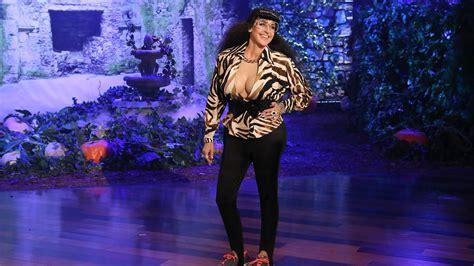 ellen degeneres youtube halloween ellen reveals her halloween kostume youtube