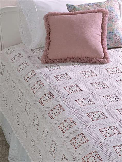 Lace Coverlet crochet heritage lace coverlet doily ec01437