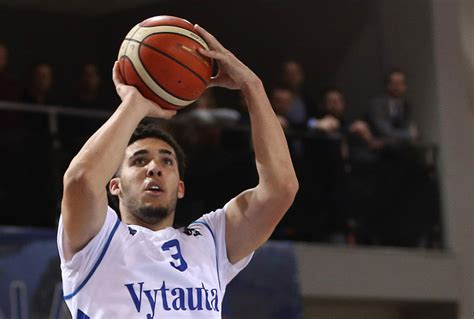 Liangelo Draft Oddsmakers Don T Expect Liangelo To Get Picked In Nba