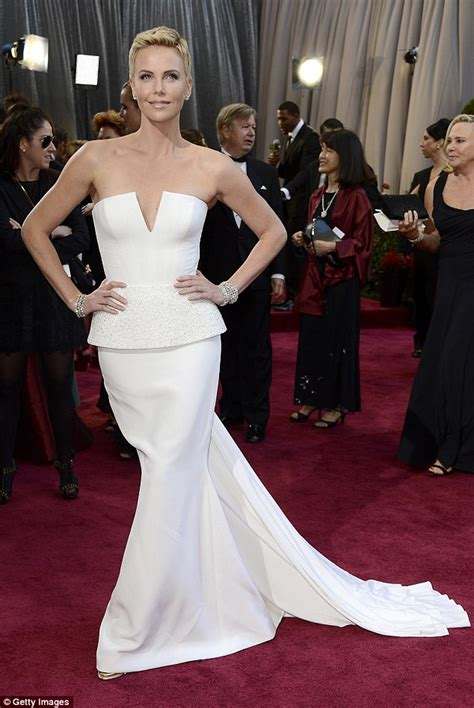 film oscar charlize theron charlize theron oscar 2013 charlize theron photo