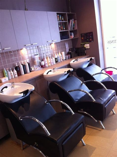 pin  kayle bushey  salon salon shampoo area salon